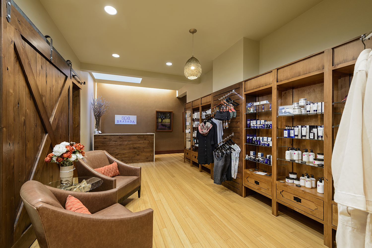 The check-in desk and retail shop at Spa Brasada.