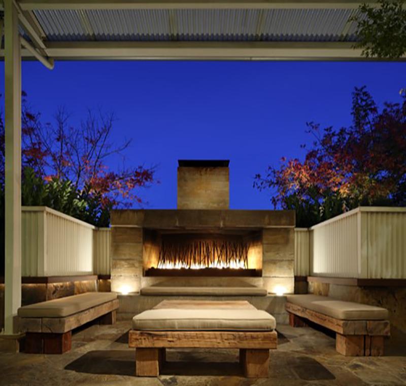 Colombo hotel fireplace patio.jpg