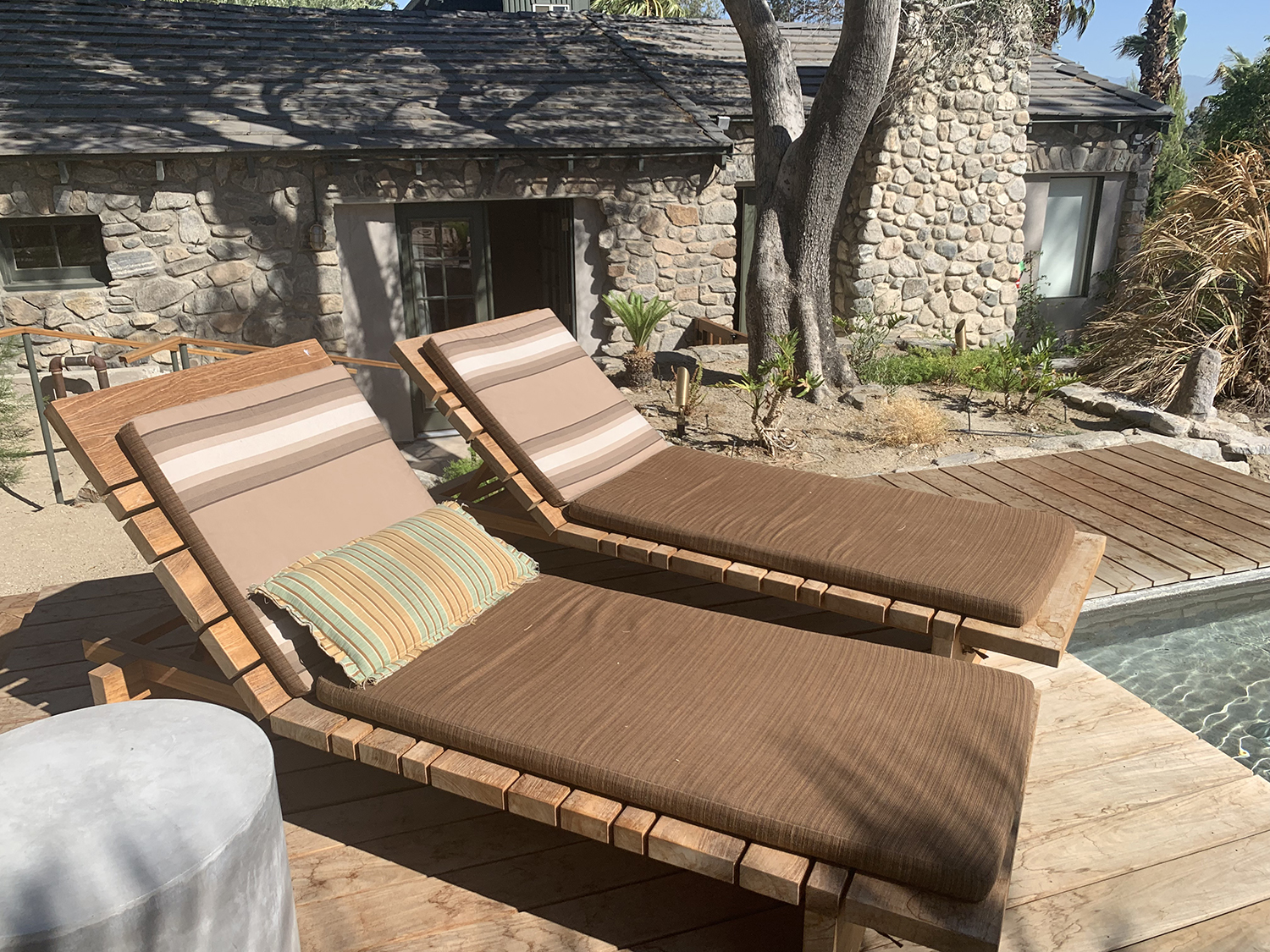 Relaxing lounge chairs on the deck.