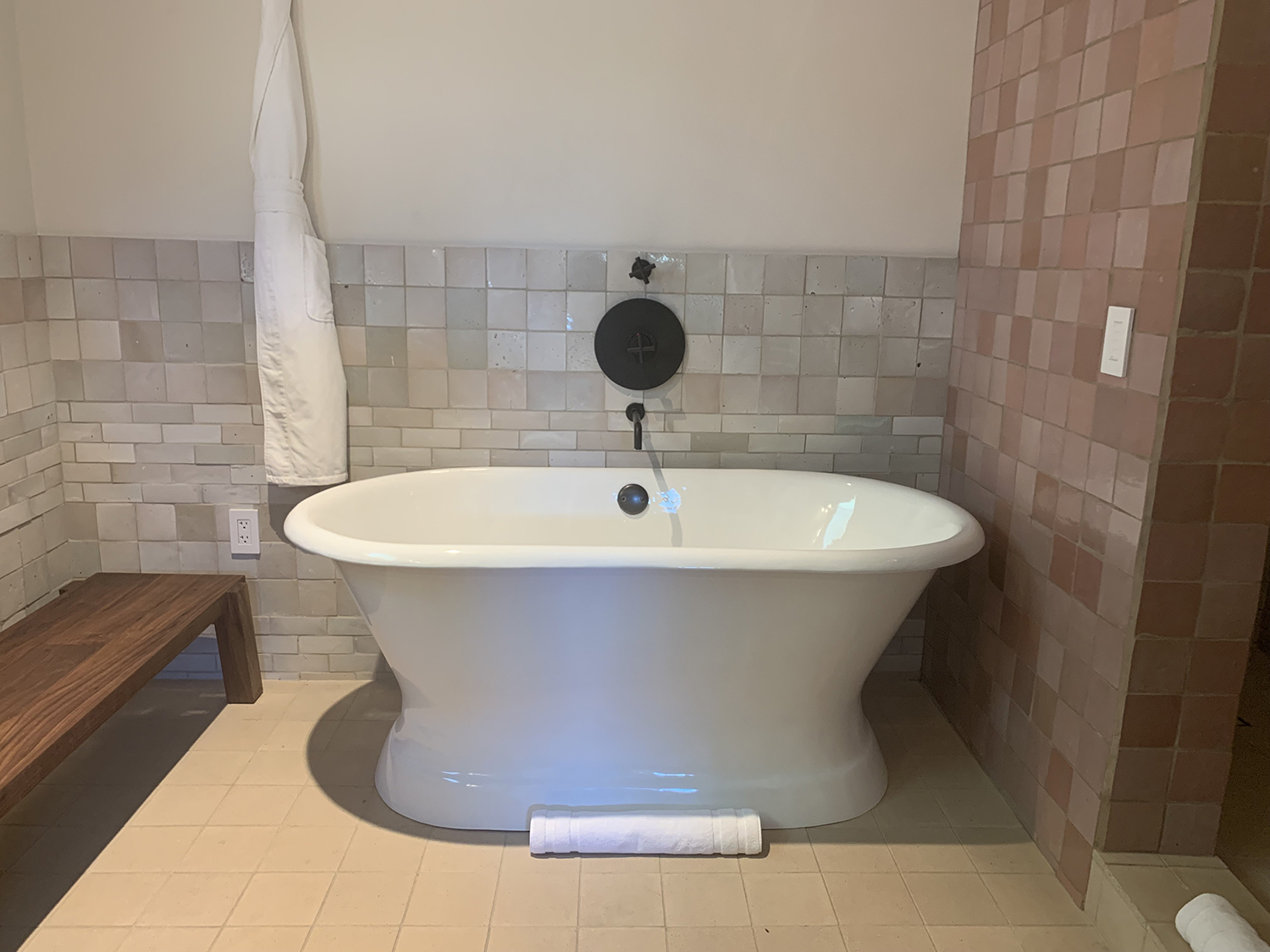 The Capone Master Suite boasts a relaxing indoor tub.