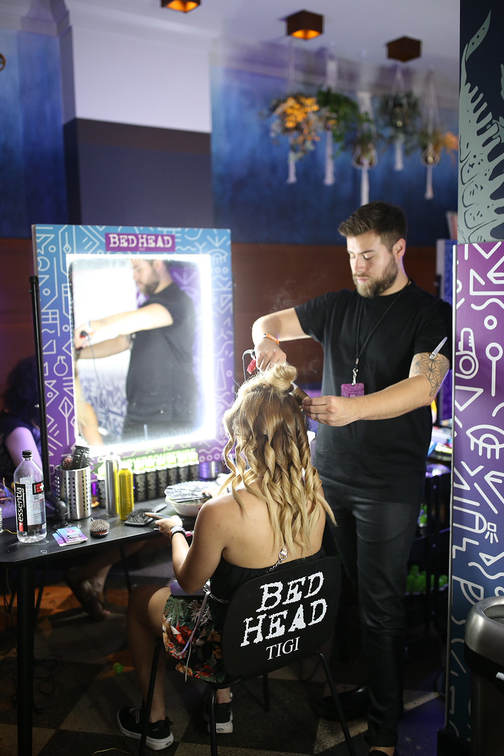 Bed Head is transforming Chicago's Freehand Hotel into the only     immersive pre-festival experience for concert goers and music enthusiasts.