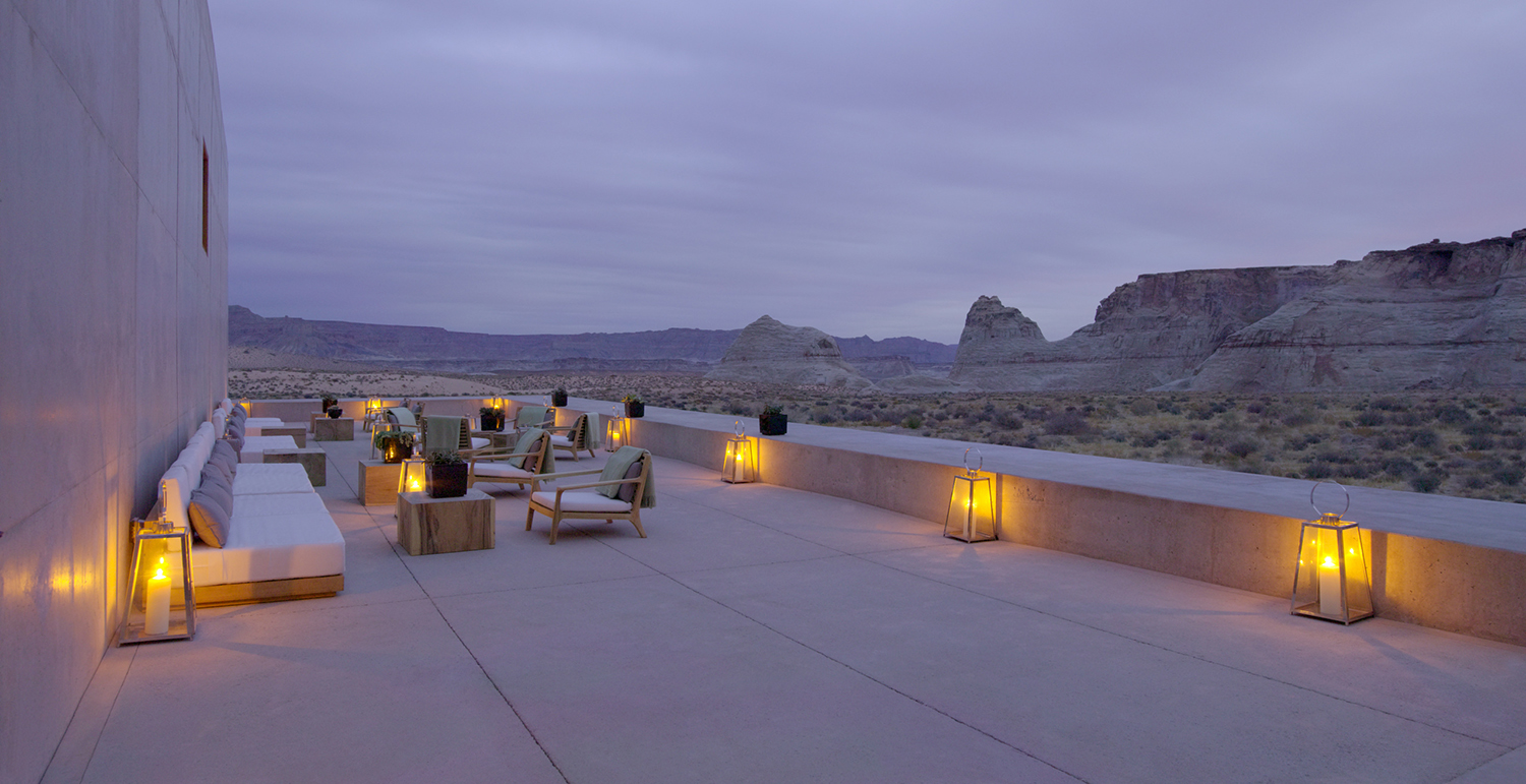 The outdoor Desert Lounge at dusk.