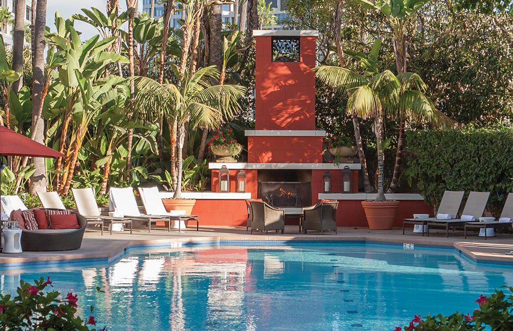 The swimming pool at Fashion Island Hotel in Newport Beach, California.