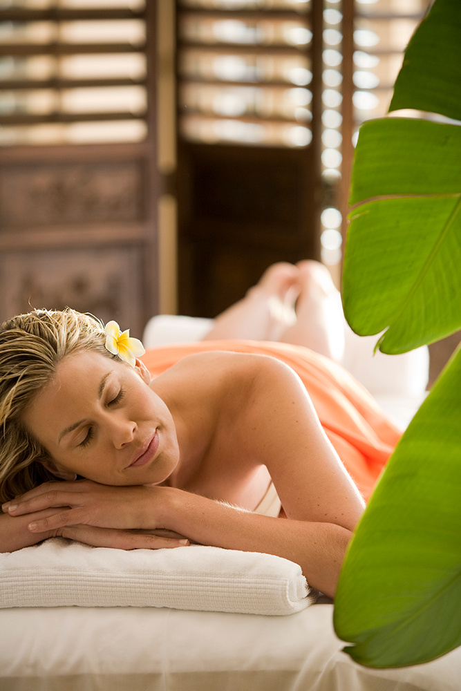 Spa-at-Fasion-Island-Hotel_Massage.jpg