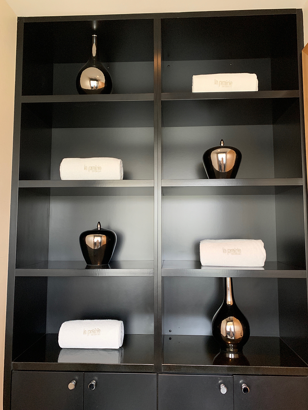 towel display shelves.jpg
