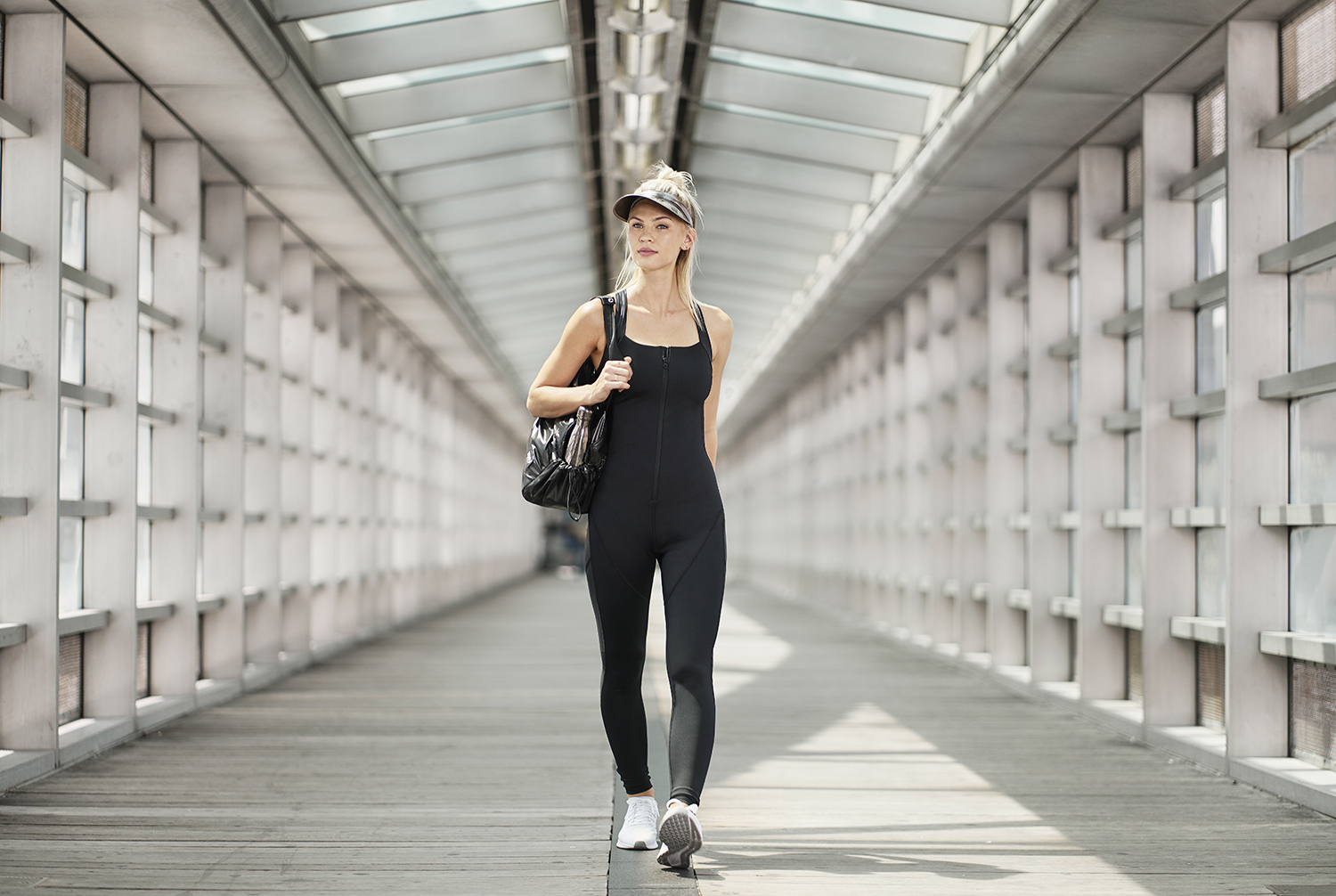 Taking inspiration from the streets of New York City, Acabada ProActiveWear's first line includes high-performance sports bras, tops, leggings, shorts, jackets, and bodysuits—all designed to be worn day into night.