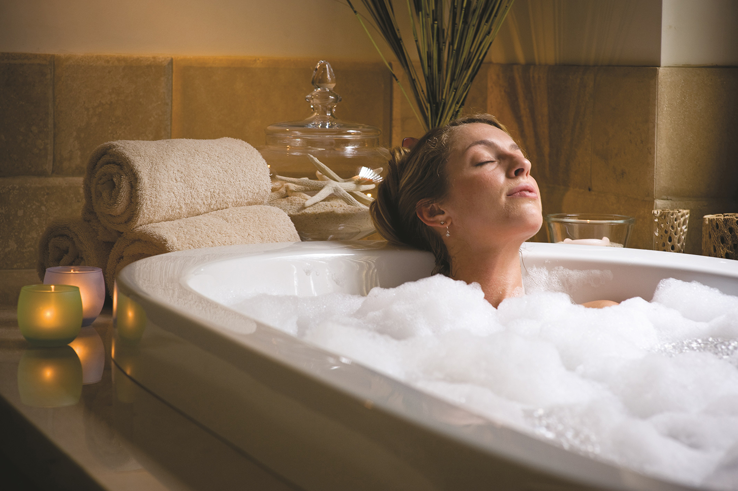Guests can indulge in a variety of therapeutic baths before or after their treatments.
