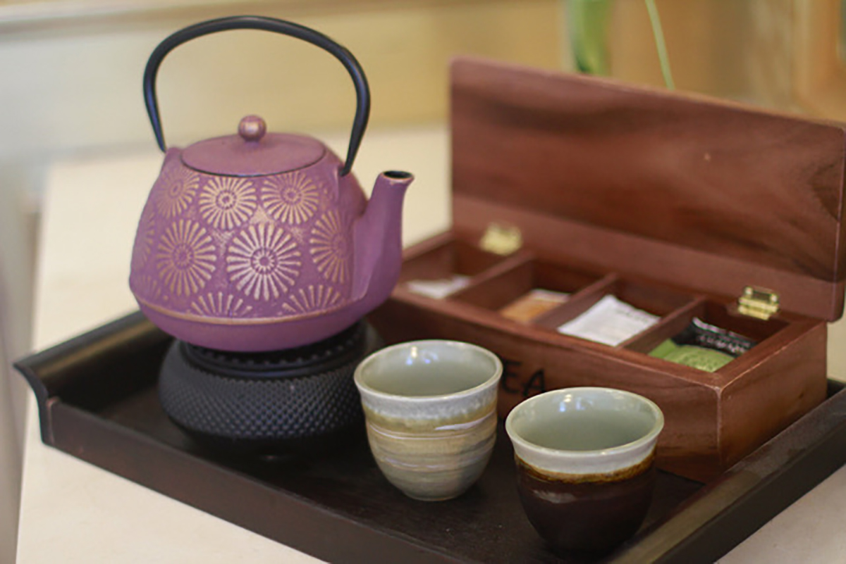 The spa serves a variety of refreshing beverages, including tea.