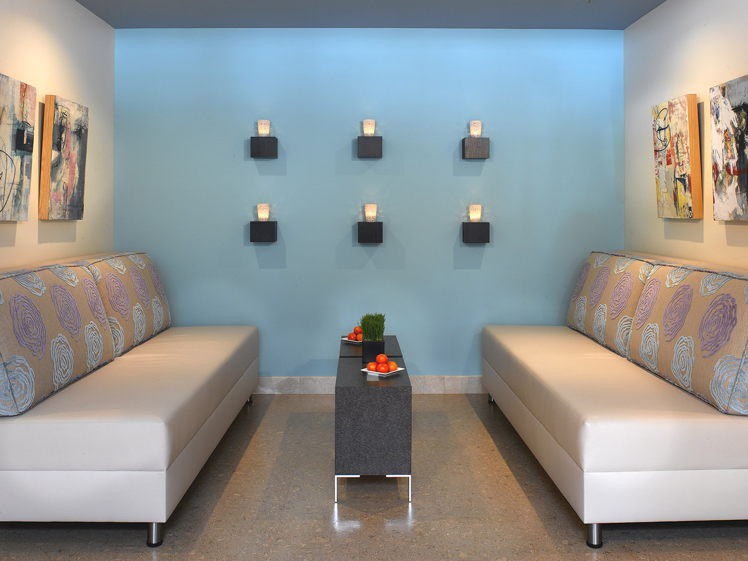 The waiting area at the Town & Country location.