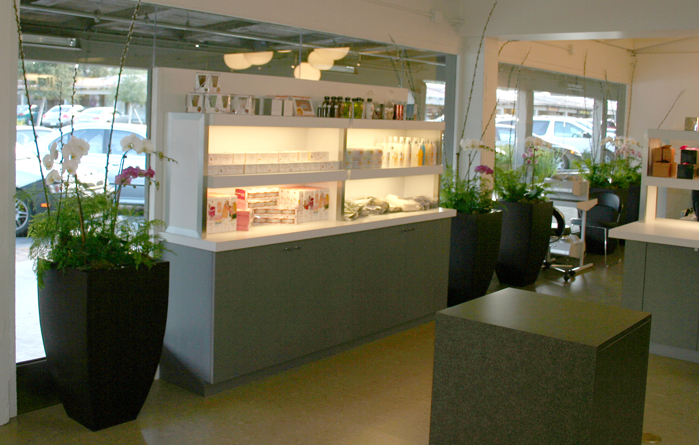 retail area.jpg