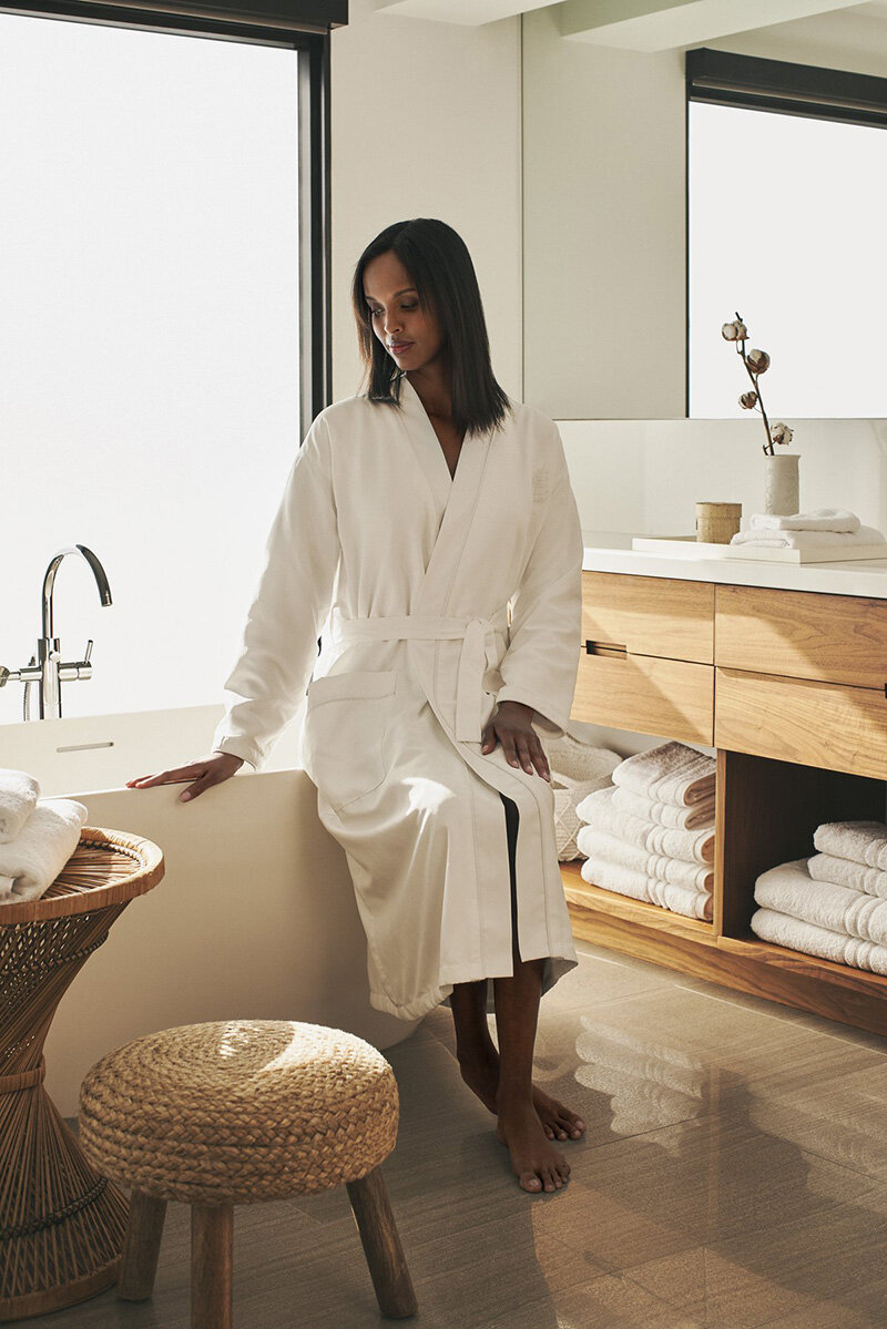 Take a moment out of your everyday routine and cozy up with Four Seasons' luxury quilted robe collection.