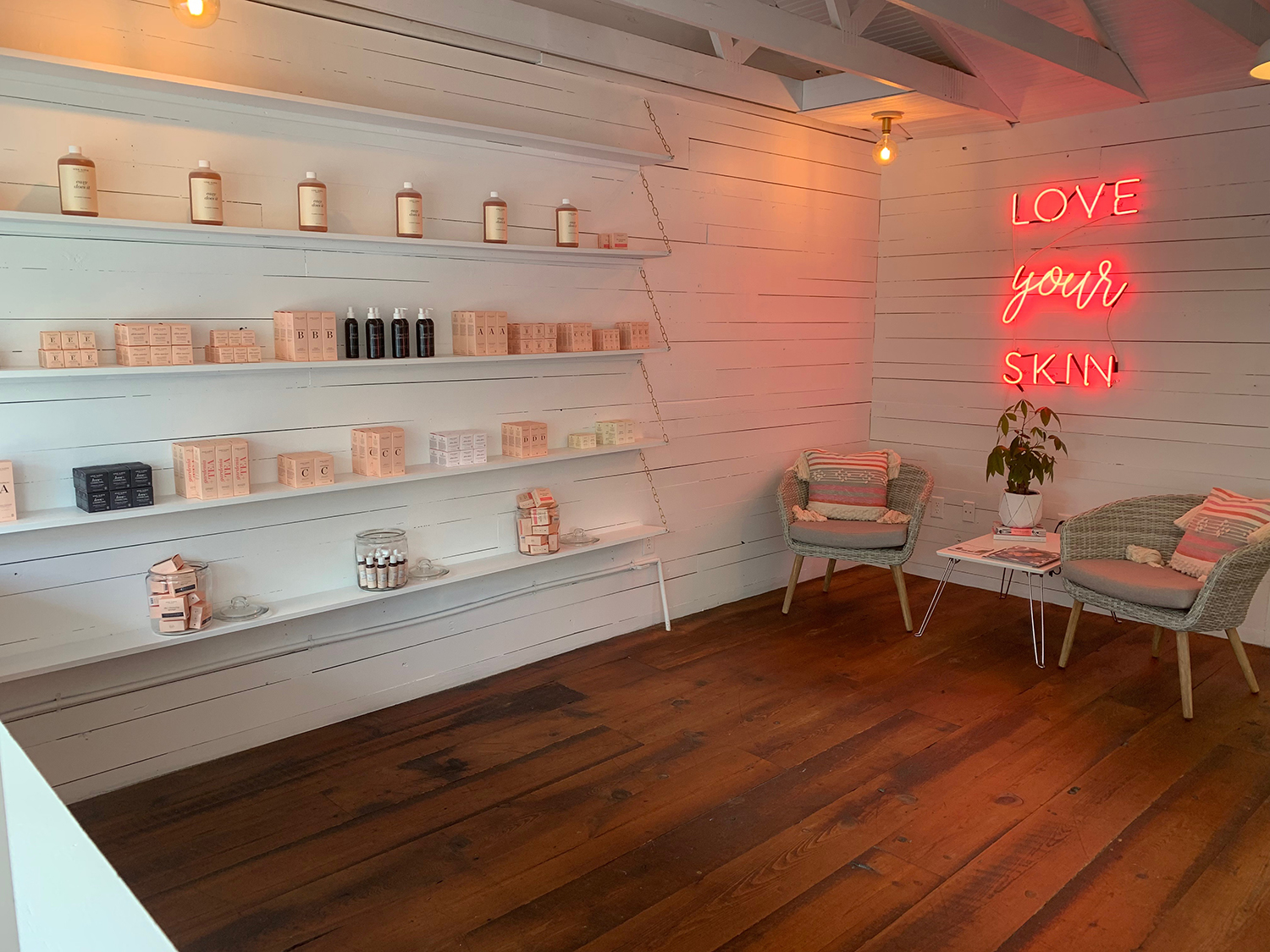 The spa also has a One Love Organics boutique that carries all of the brand's products.