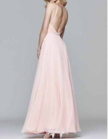 Dress :  Favania