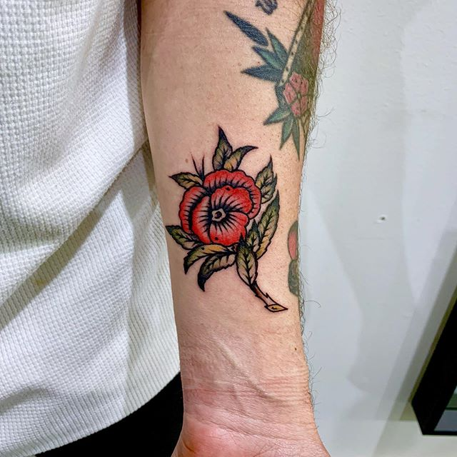 Modified waters flower for the ink slinger from hobbiton @joshuaw.thomas  Dm to book  @fhctattoo @fhctattoo @fhctattoo . ⠀⠀⠀⠀⠀⠀⠀⠀⠀⠀⠀⠀ ⠀⠀⠀⠀⠀⠀⠀⠀⠀⠀⠀⠀ ⠀⠀⠀⠀⠀⠀⠀⠀⠀⠀⠀⠀ ⠀⠀⠀⠀⠀⠀⠀⠀⠀⠀⠀⠀ ⠀⠀⠀⠀⠀⠀⠀⠀⠀⠀⠀⠀ ⠀⠀⠀⠀⠀⠀⠀⠀⠀⠀⠀⠀ ⠀⠀⠀⠀⠀⠀⠀⠀⠀⠀⠀⠀ ⠀⠀⠀⠀⠀⠀⠀⠀⠀⠀⠀⠀ ⠀⠀⠀⠀⠀⠀⠀⠀⠀⠀⠀⠀ ⠀⠀⠀⠀⠀⠀⠀⠀⠀⠀⠀⠀⠀⠀⠀⠀⠀⠀⠀⠀⠀⠀⠀⠀ ⠀⠀⠀⠀⠀⠀⠀⠀⠀⠀⠀⠀ ⠀⠀⠀⠀⠀⠀⠀⠀⠀⠀⠀⠀#realtattoos #tradtattoo #tradworkers #traditionaltattoo #traditionalbangers #tattoosofmelbourne #tattoomelbourne #melbournetattoo #oldlines #oldworkers #classictattoo #oldschooltattoo #tattooideas #tattoodesigns