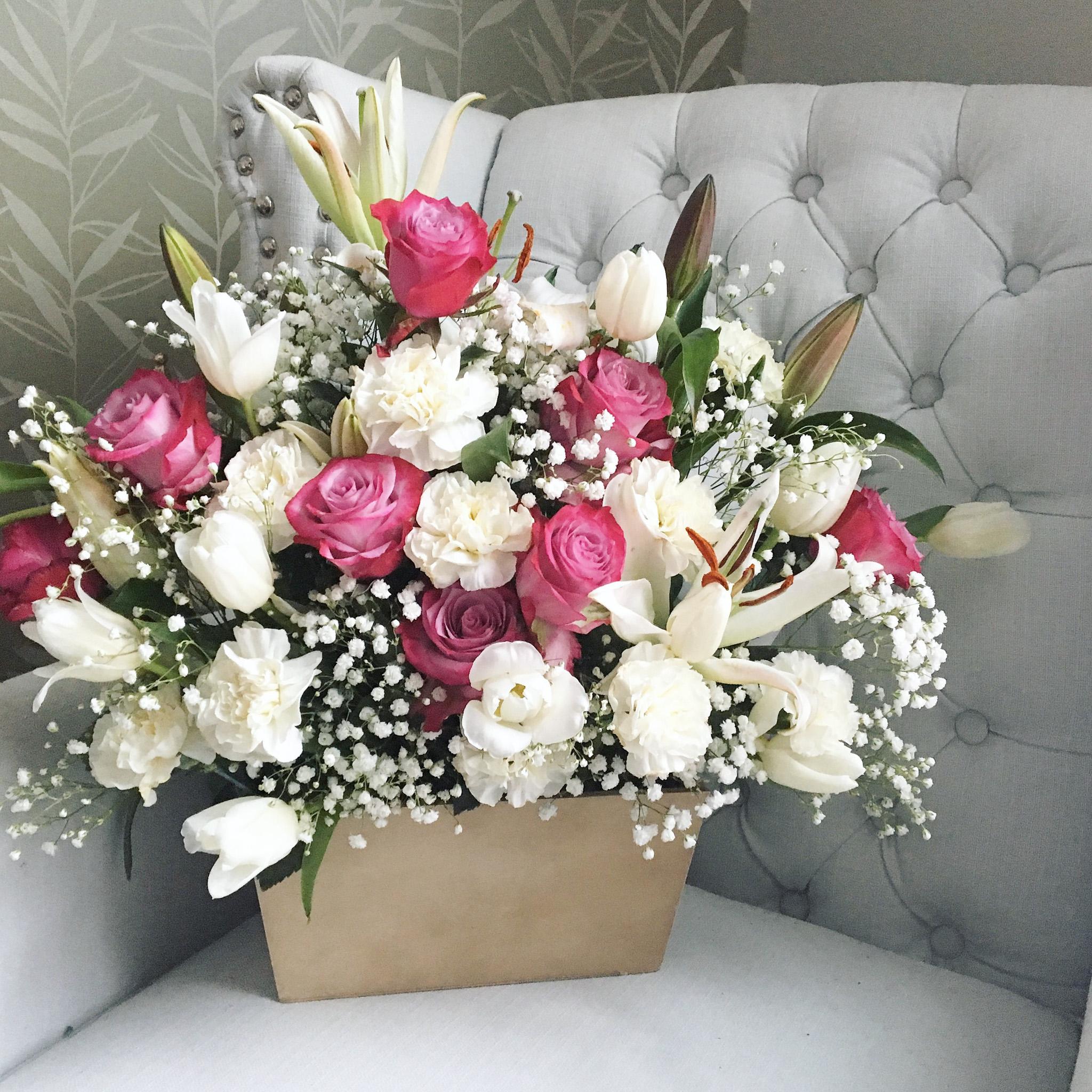 pink_floral_bouquet_luxury_cincinnatievents2.jpg