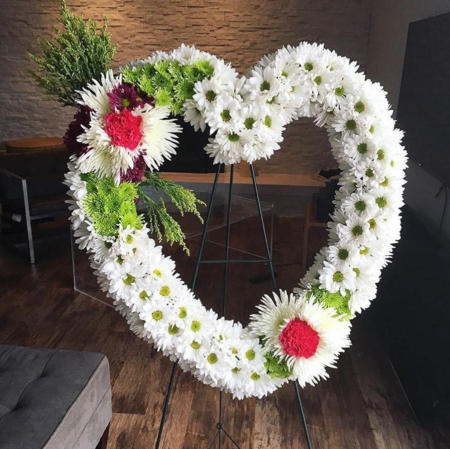 flower_wrealth_mckenzie_chic.jpg