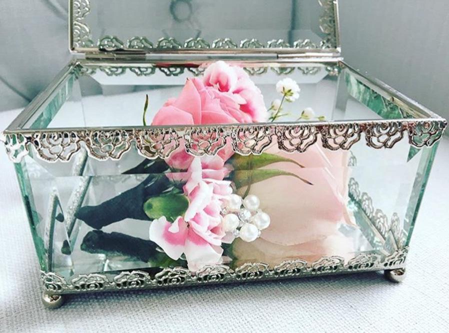 glass flower box2.jpg