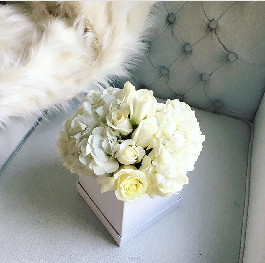 whitefloralarrangements_mckenziechic4.jpg