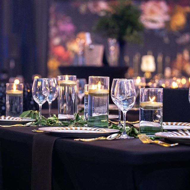 "We missed #WeddingWednesday & even though we have been off the radar lately; we are working behind the scenes on some exciting projects & opportunities! In honor of yesterday's #WeddingWednesday we wanted to share some of our favorite ways to decorate your memorable occasions. ""Candlelight ""- 🕯 is a must at any and all wedding-related events. Everyone will look more beautiful in a candlelit room 🕯 Make your day glow with the most romantic lighting! #mckenziechicevents #mckenziechic #wedoevents #wedodesign #eventdesign #mckenziechiceventdesigners #dutchmasters #luxuryevents"