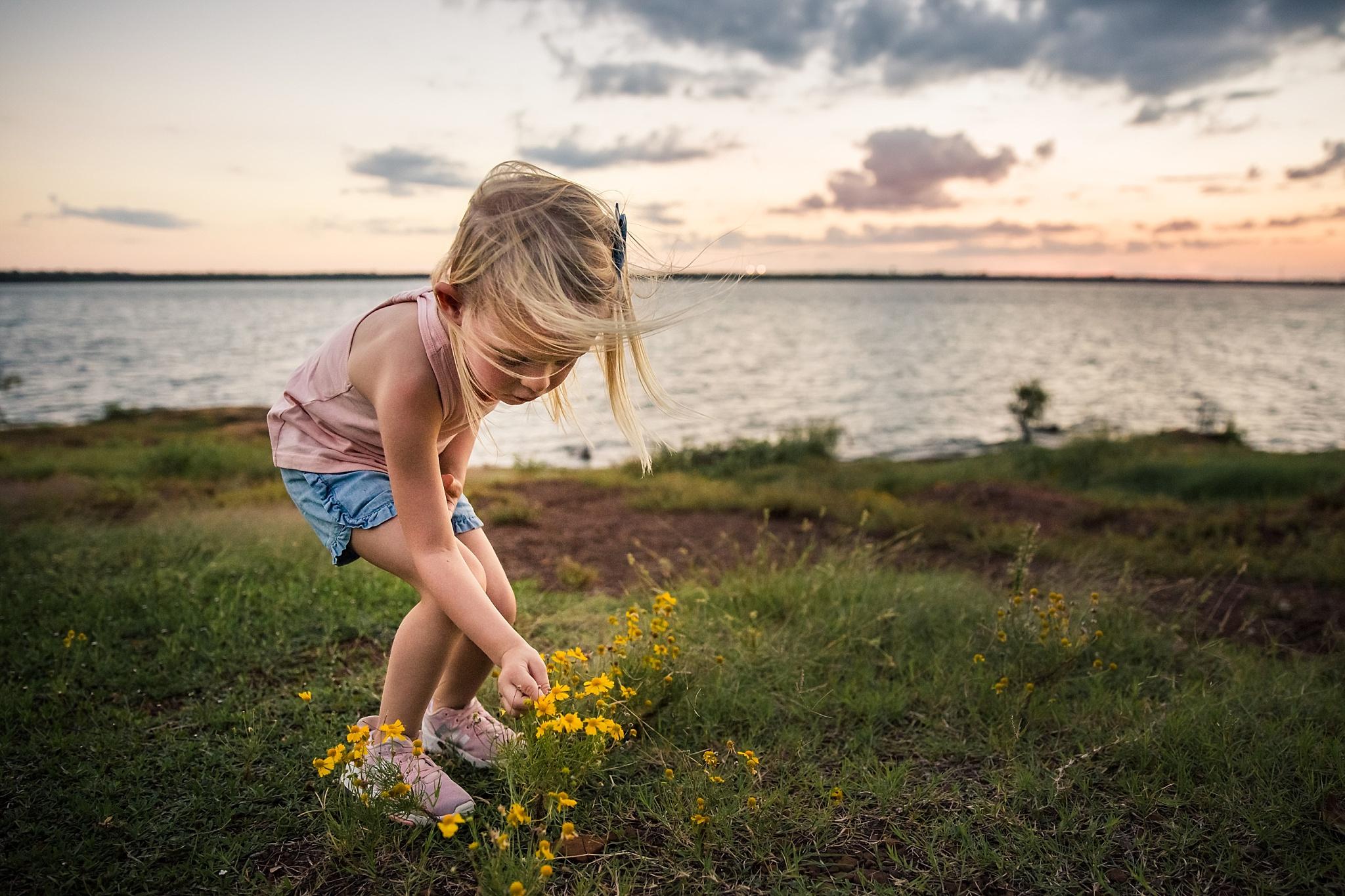 05Yellow Flowers_Libby Grohmann.jpg