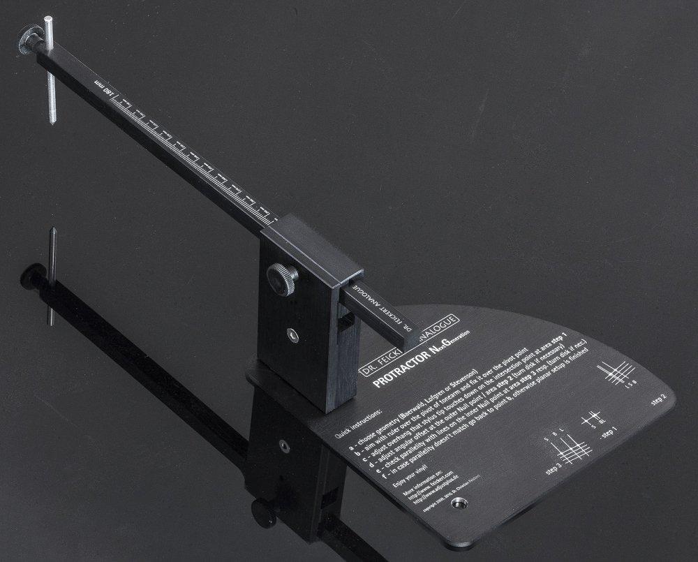 Protractor NG - Dima universale per la messa a punto del braccio e testina.Utilizzabile fino ad una distanza di installazione di 320 mmscarica la documentazione