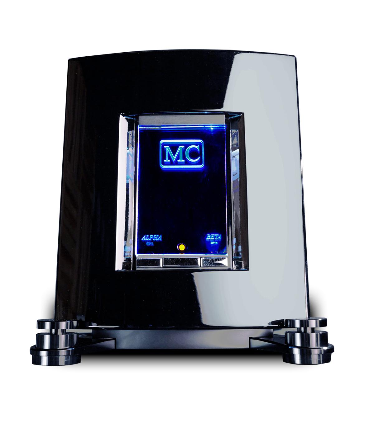 MC 811a - Amplificatori Mono Reference2 x 360w(with Alpha and Beta Drive Technology)