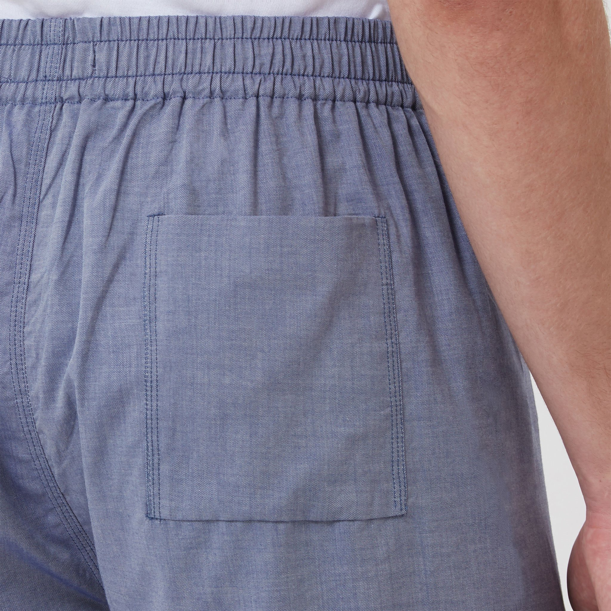Cotton-Cashmere-Sleep-Trouser-Chambray-Model_04.jpg