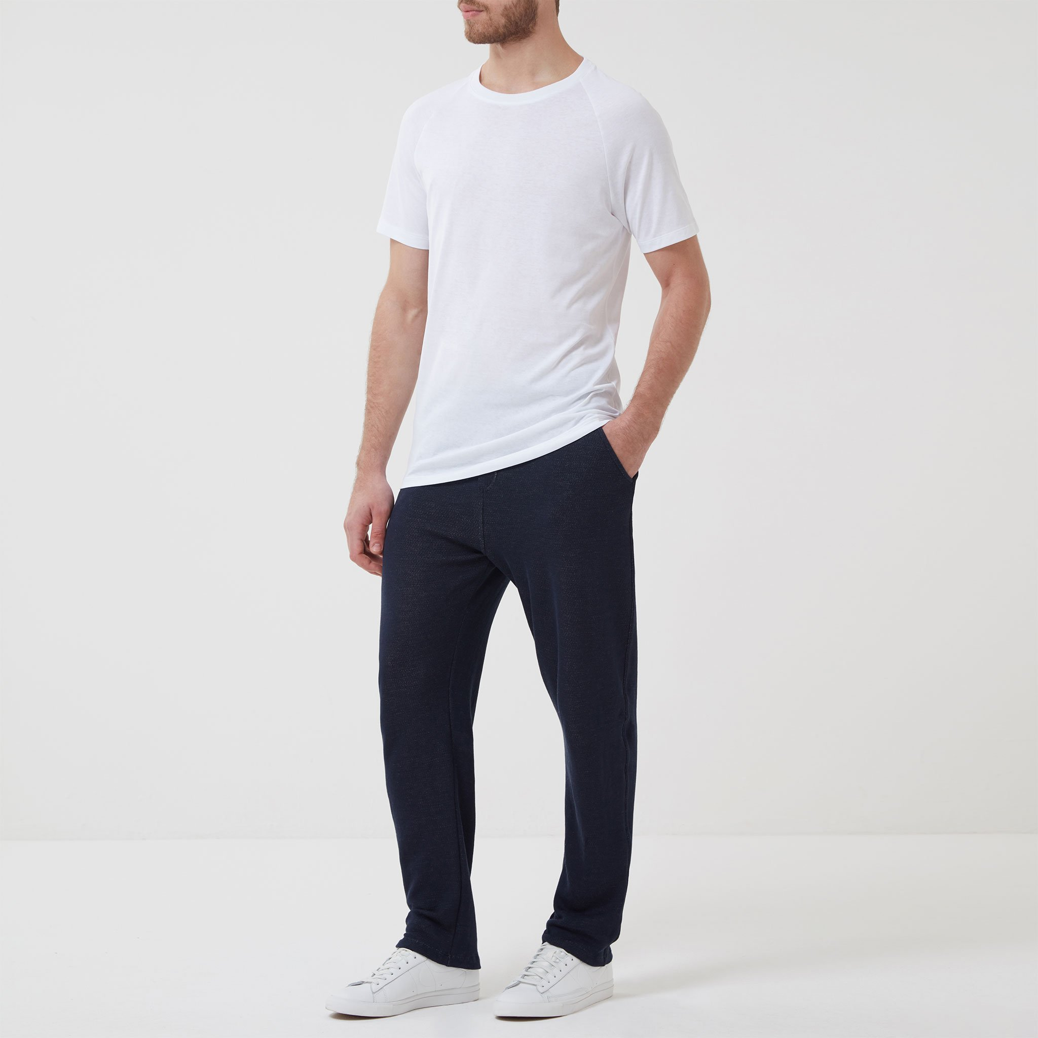 Timeout-Trousers-Navy-Model-Outfit_05.jpg