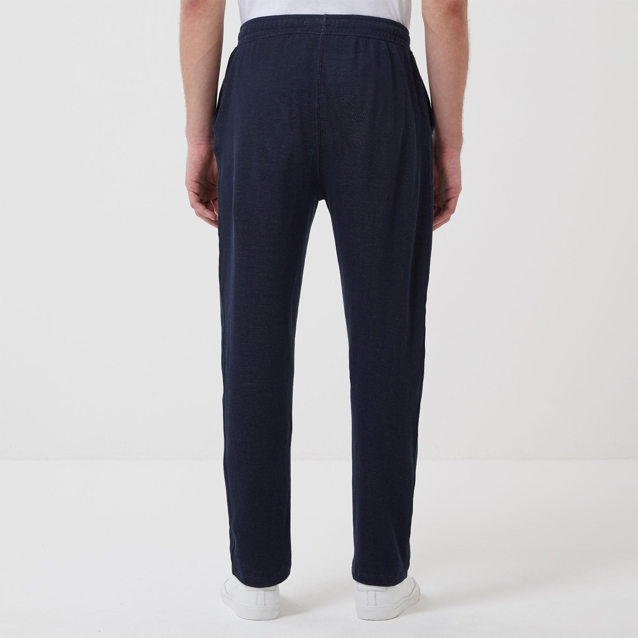 Timeout-Trousers-Navy-Model_03.jpg