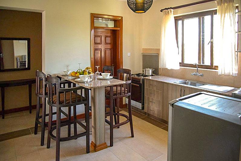 apartment-breakfast-area.jpg