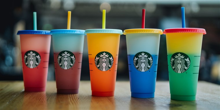 starbucks-color-changing-cups-today-main-190502_7c789065eadd351820f47681c9c7aad2.fit-760w.jpg