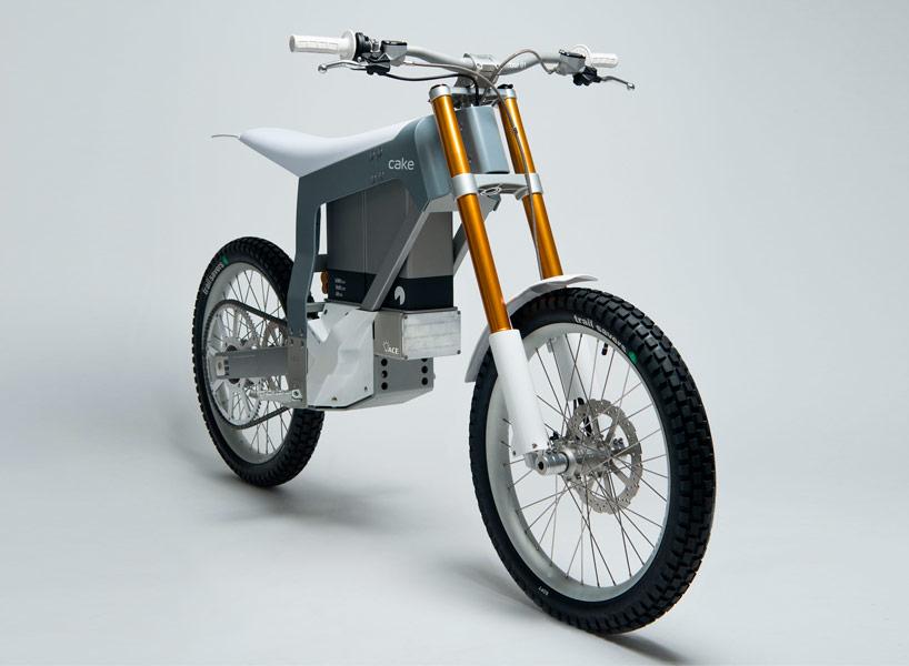 cake-kalk-electric-motorcycle-designboom01.jpg