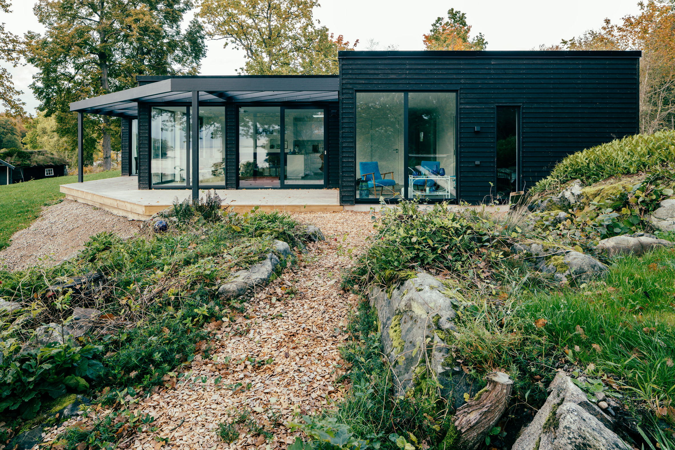 villa-g-andre-pihl-architecture-residential-sweden-holiday-homes_dezeen_2364_col_3.jpg