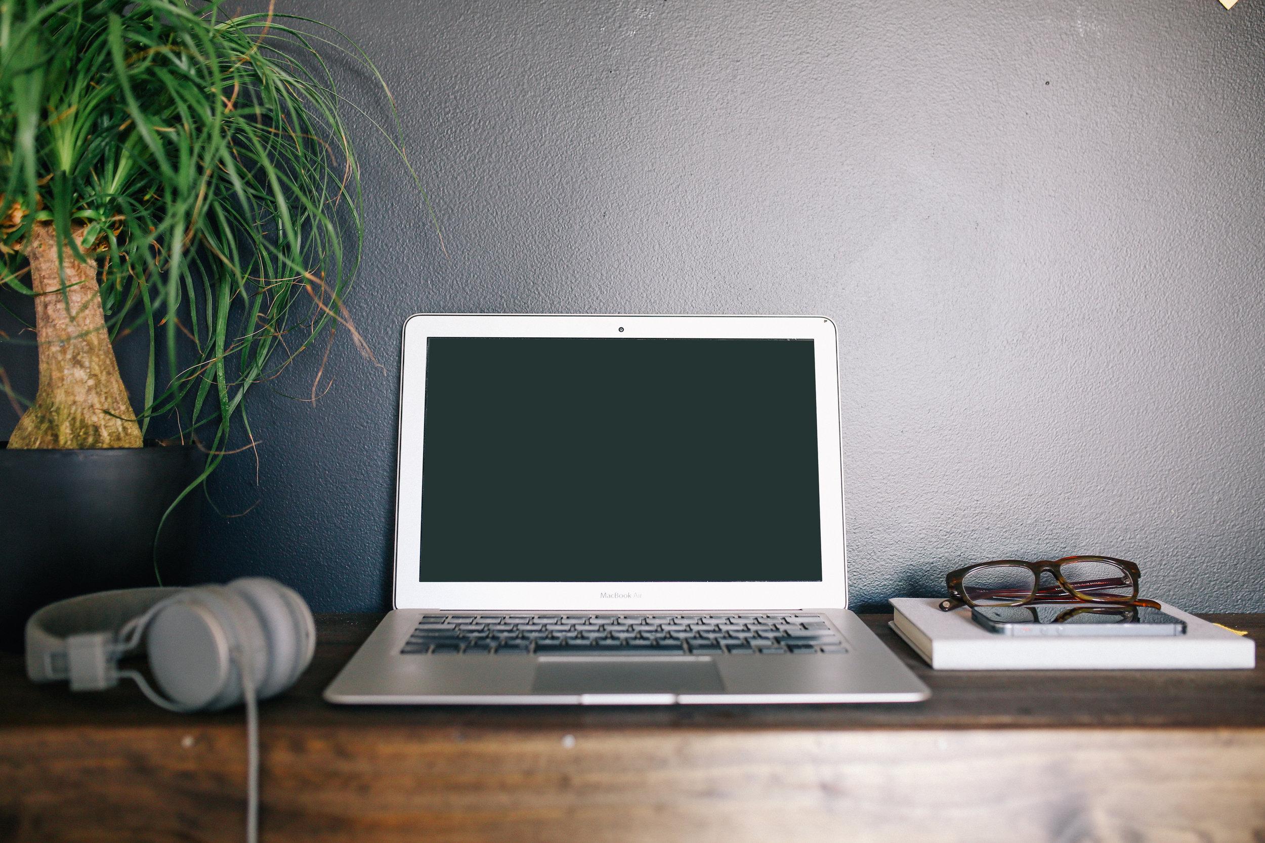 DeathtoStock_Desk1.jpg
