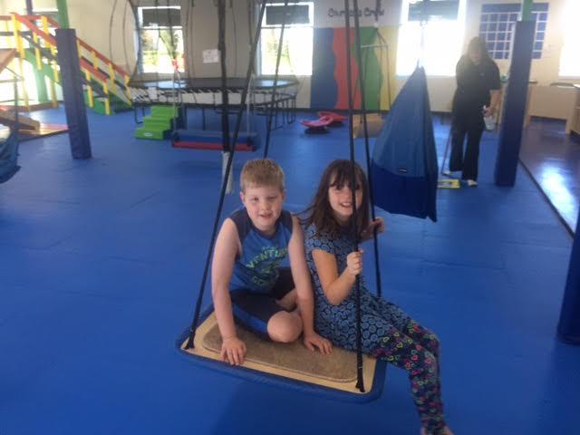 Twins Carter & Melanie!