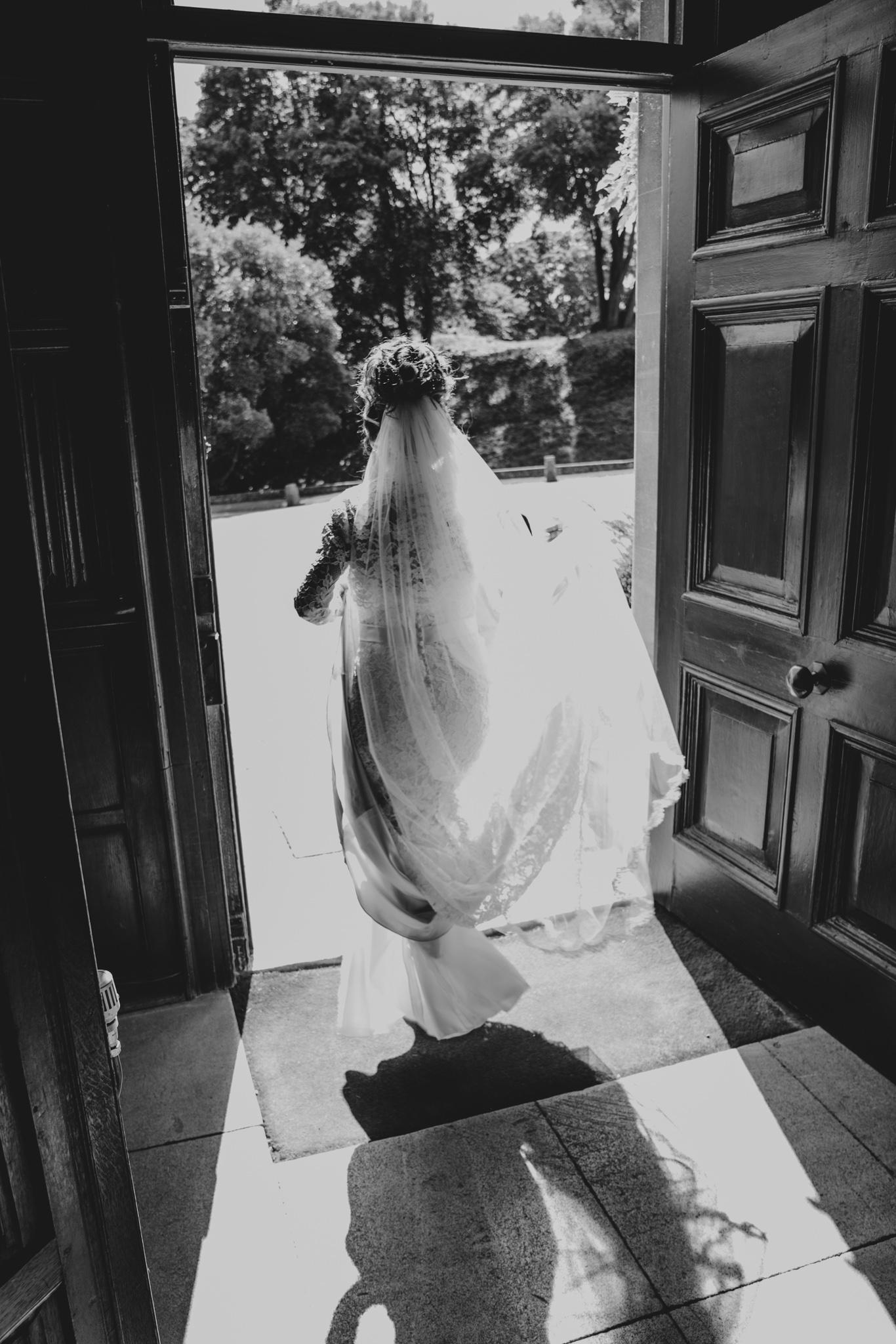 grace-elizabeth-boho-wedding-headingham-castle-essex-wedding-photographer-19.jpg