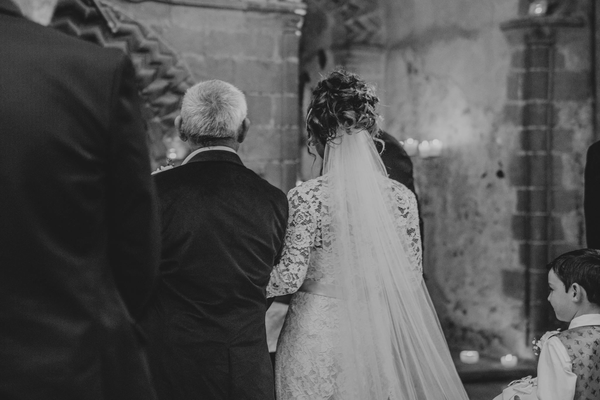 grace-elizabeth-boho-wedding-headingham-castle-essex-wedding-photographer-31.jpg