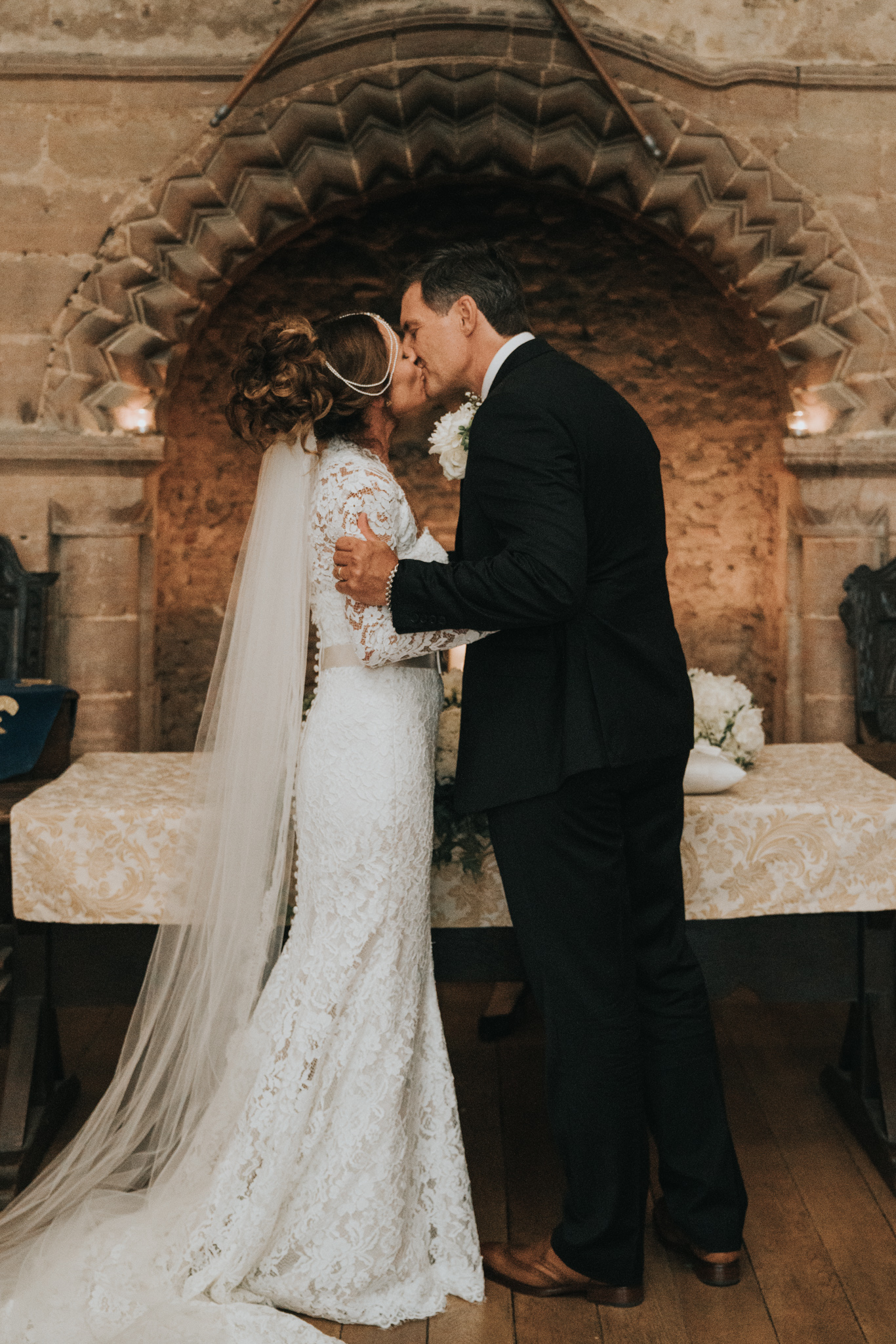grace-elizabeth-boho-wedding-headingham-castle-essex-wedding-photographer-42.jpg