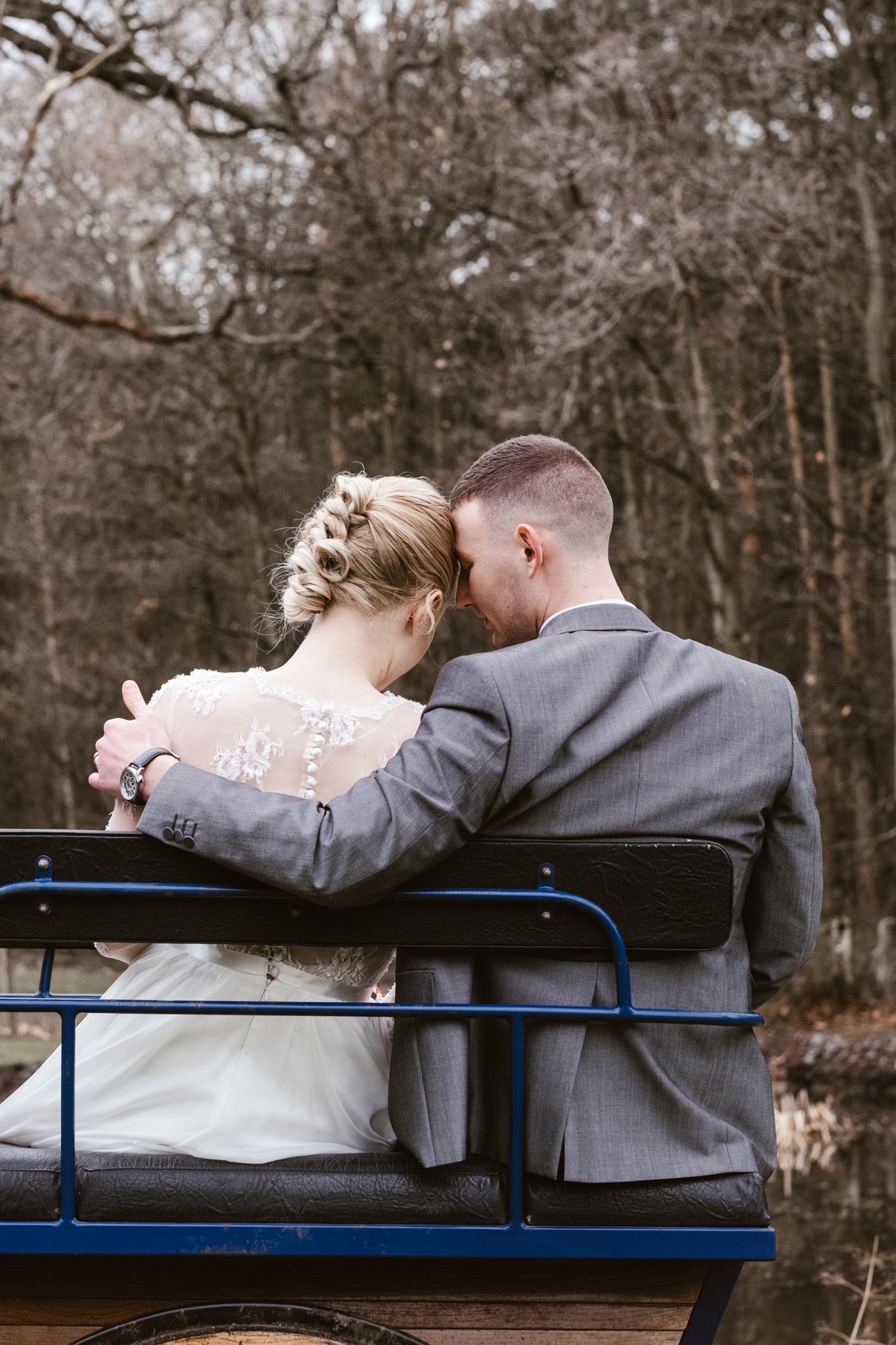 Captains-Wood-Barn-Alterative-Rustic-Vintage-Essex-Wedding-Suffolk-Grace-Elizabeth-6.jpg