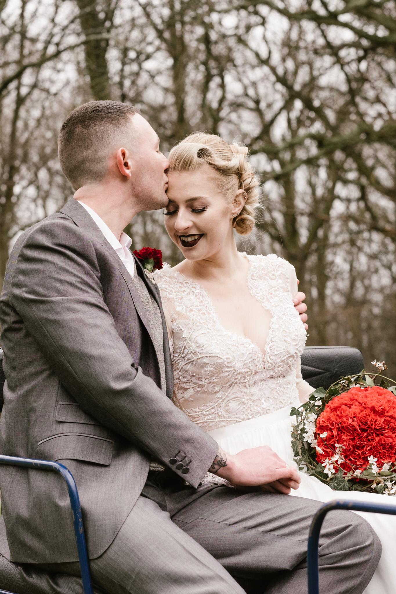 Captains-Wood-Barn-Alterative-Rustic-Vintage-Essex-Wedding-Suffolk-Grace-Elizabeth-7.jpg
