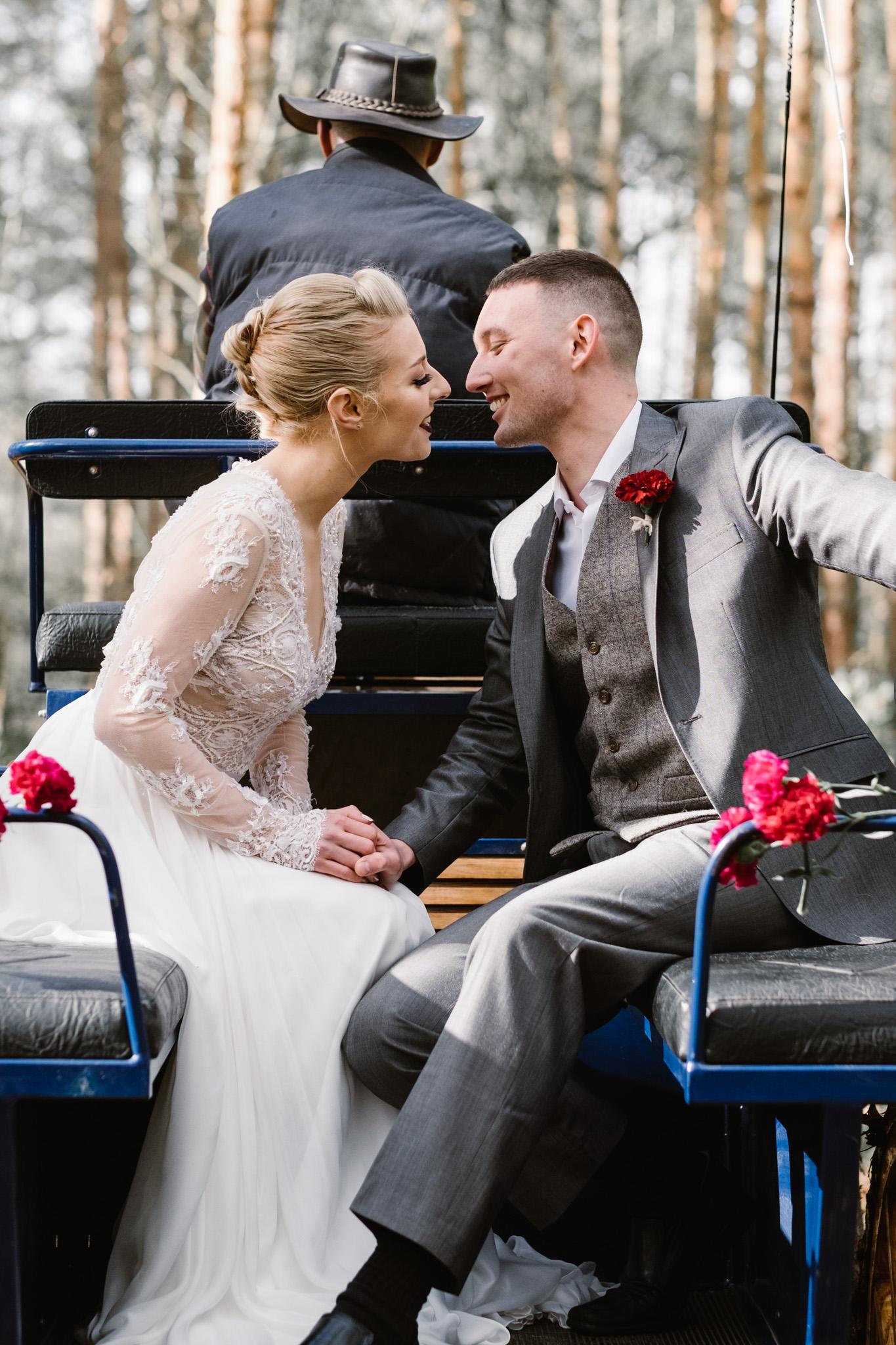 Captains-Wood-Barn-Alterative-Rustic-Vintage-Essex-Wedding-Suffolk-Grace-Elizabeth-17.jpg