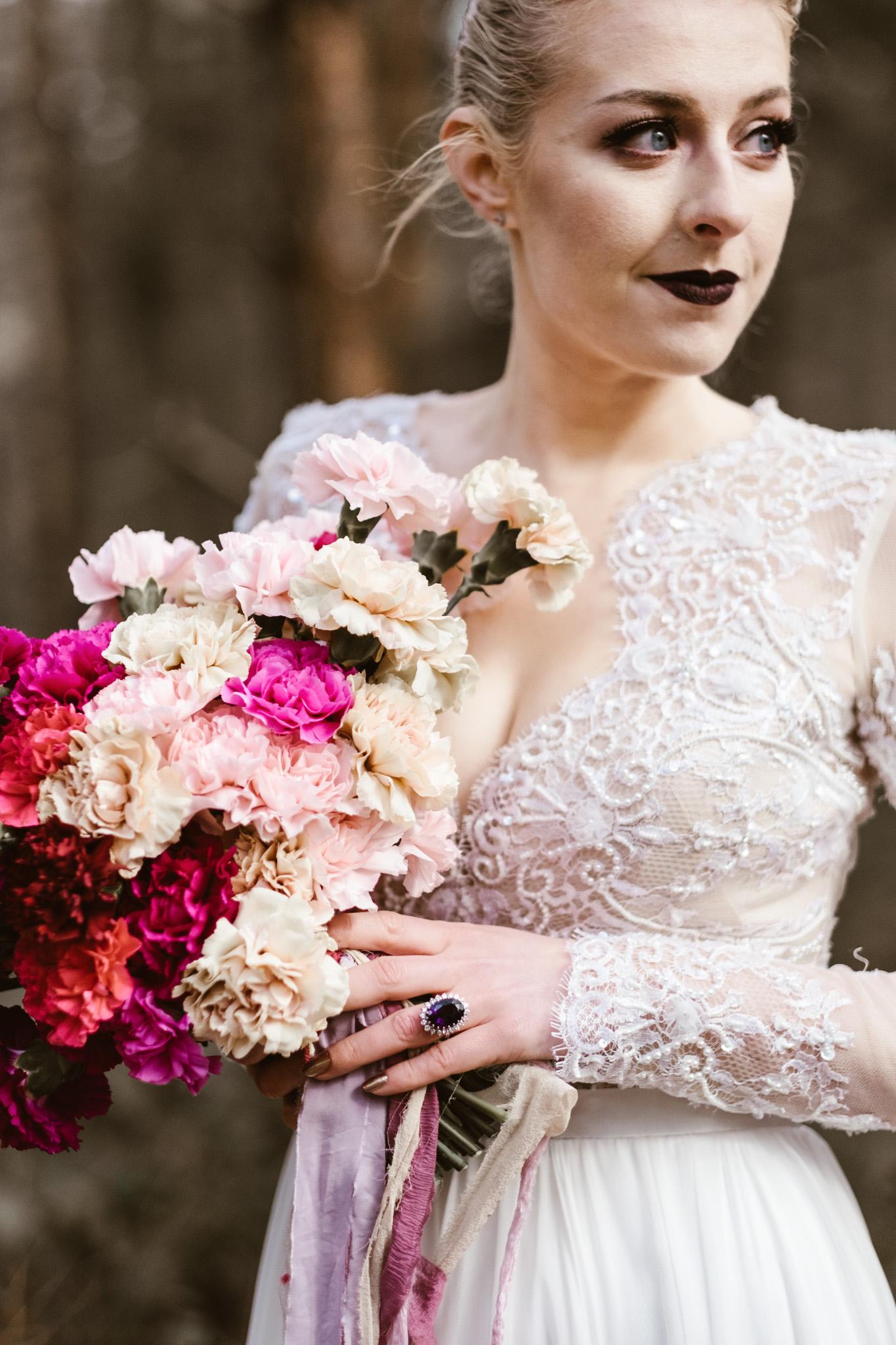 Captains-Wood-Barn-Alterative-Rustic-Vintage-Essex-Wedding-Suffolk-Grace-Elizabeth-19.jpg