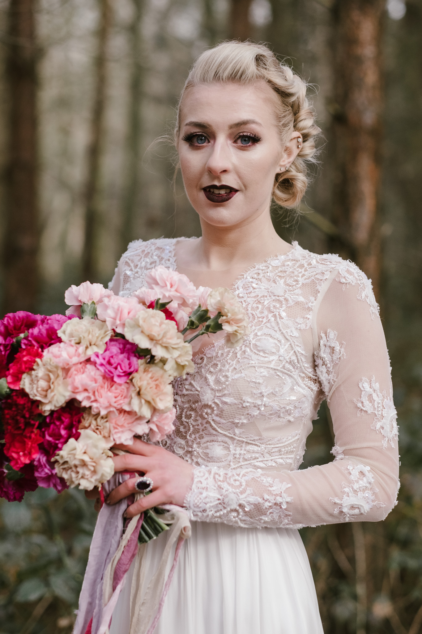 Captains-Wood-Barn-Alterative-Rustic-Vintage-Essex-Wedding-Suffolk-Grace-Elizabeth-20.jpg