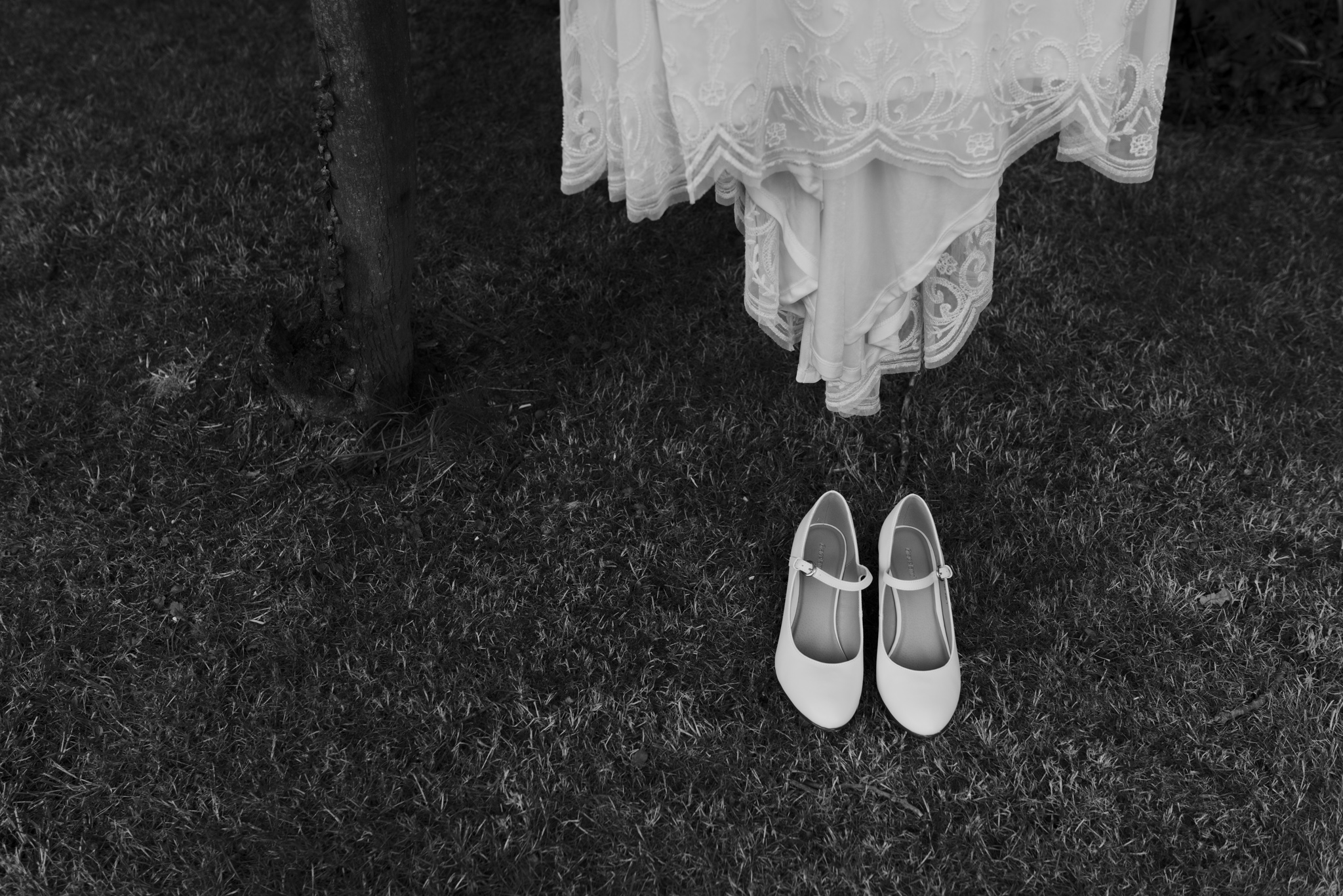 Jess-and-Tom-Norfolk-Alternative-Wedding-Essex-Wedding-Photographer-Grace-Elizabeth-4.jpg