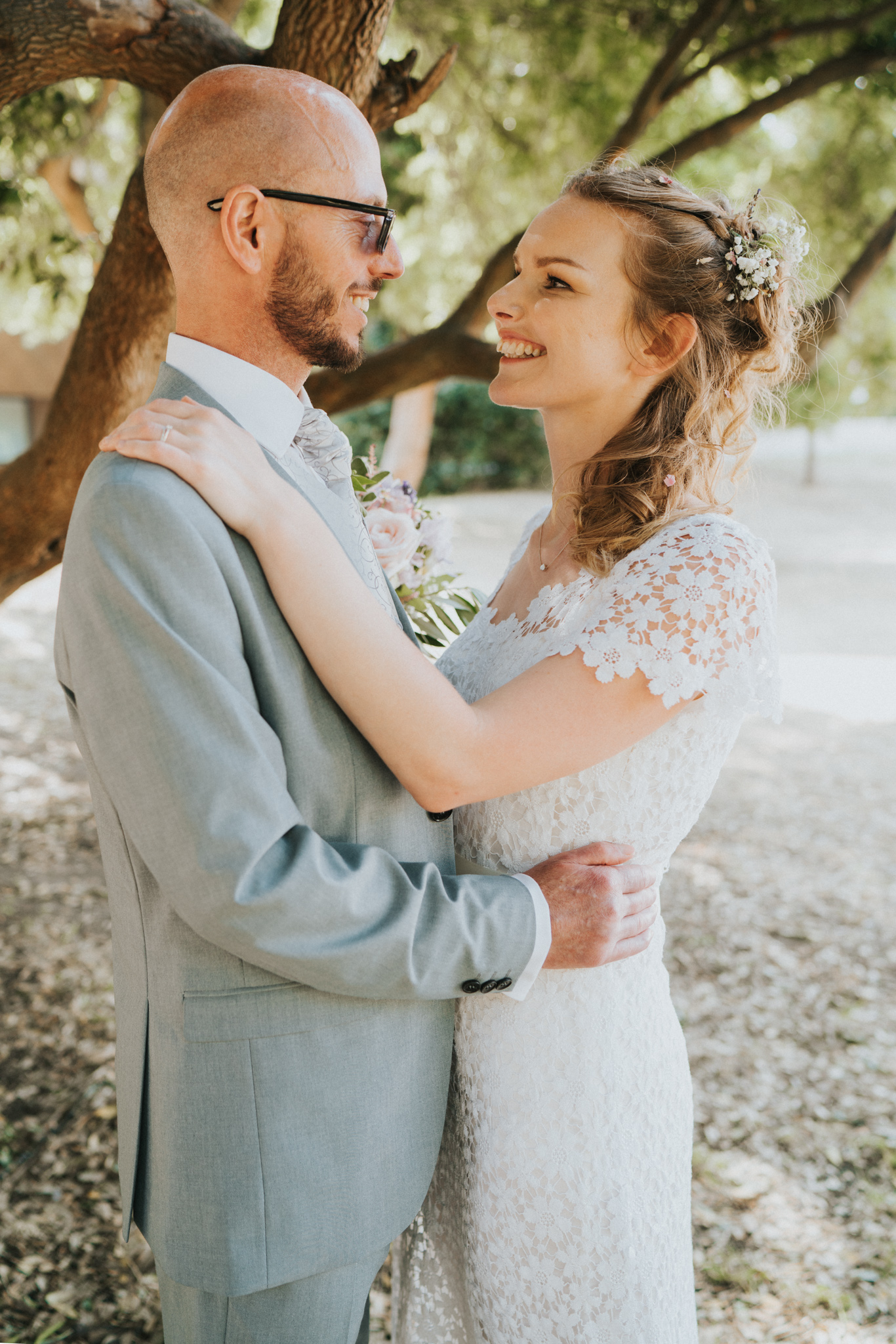 Grace-Elizabeth-Georgie-Amalaketu-Firstsite-Colchester-Essex-Boho-Buddhist-Wedding-Alternative-Wedding-Photography-Essex (79 of 100).jpg