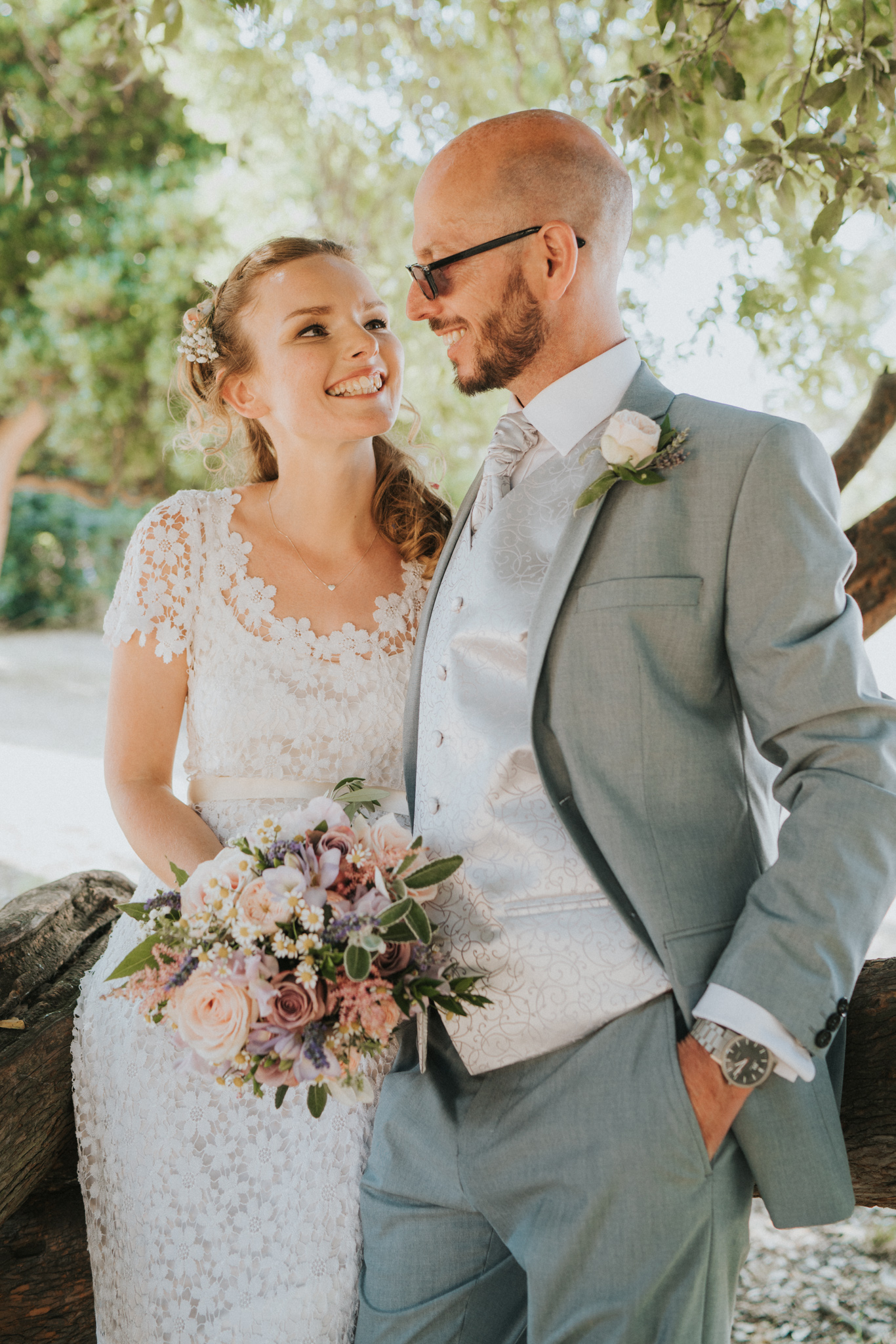 Grace-Elizabeth-Georgie-Amalaketu-Firstsite-Colchester-Essex-Boho-Buddhist-Wedding-Alternative-Wedding-Photography-Essex (89 of 100).jpg