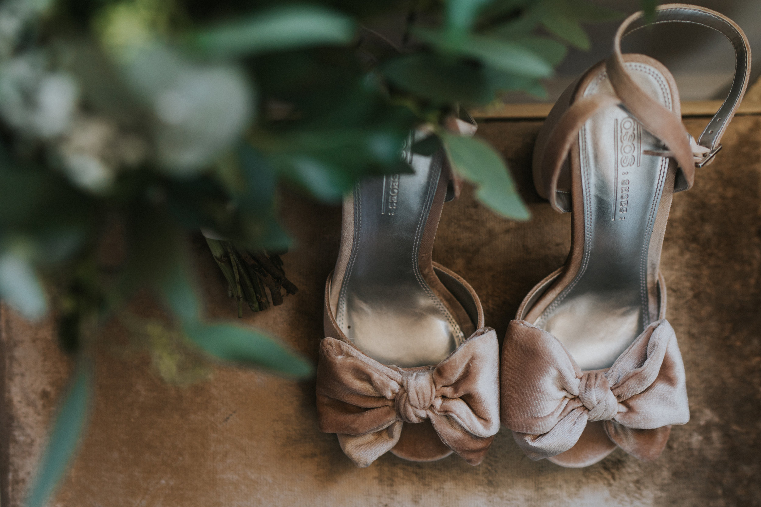 Sophie-Christian-Prested-Hall-Grace-Elizabeth-Previews-Essex-Norfolk-Suffolk-Devon-Alternative-Wedding-Photographer (2 of 20).jpg