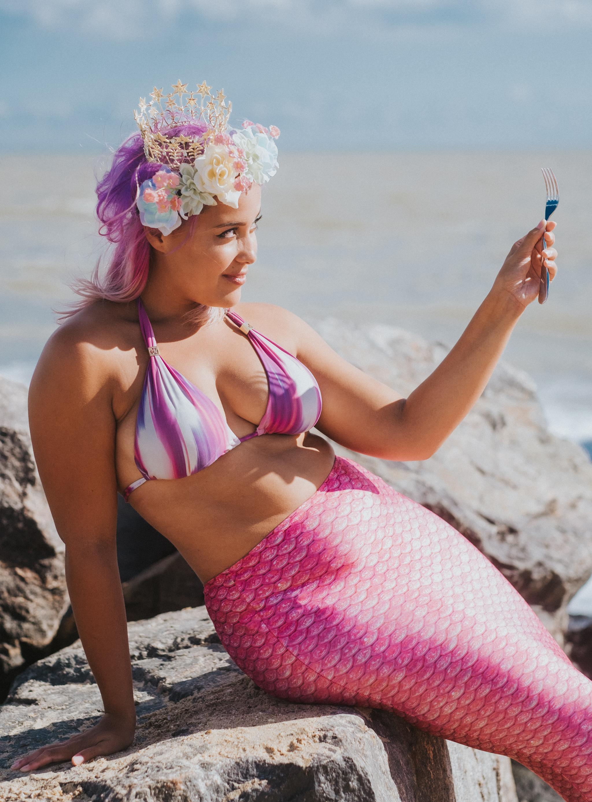 Body-Positive-Mermaids-Grace-Elizabeth-Mermaiding-UK-Alternative-Wedding-Photographer-Colchester-Essex-Suffolk-Norfolk-Devon (22 of 59).jpg