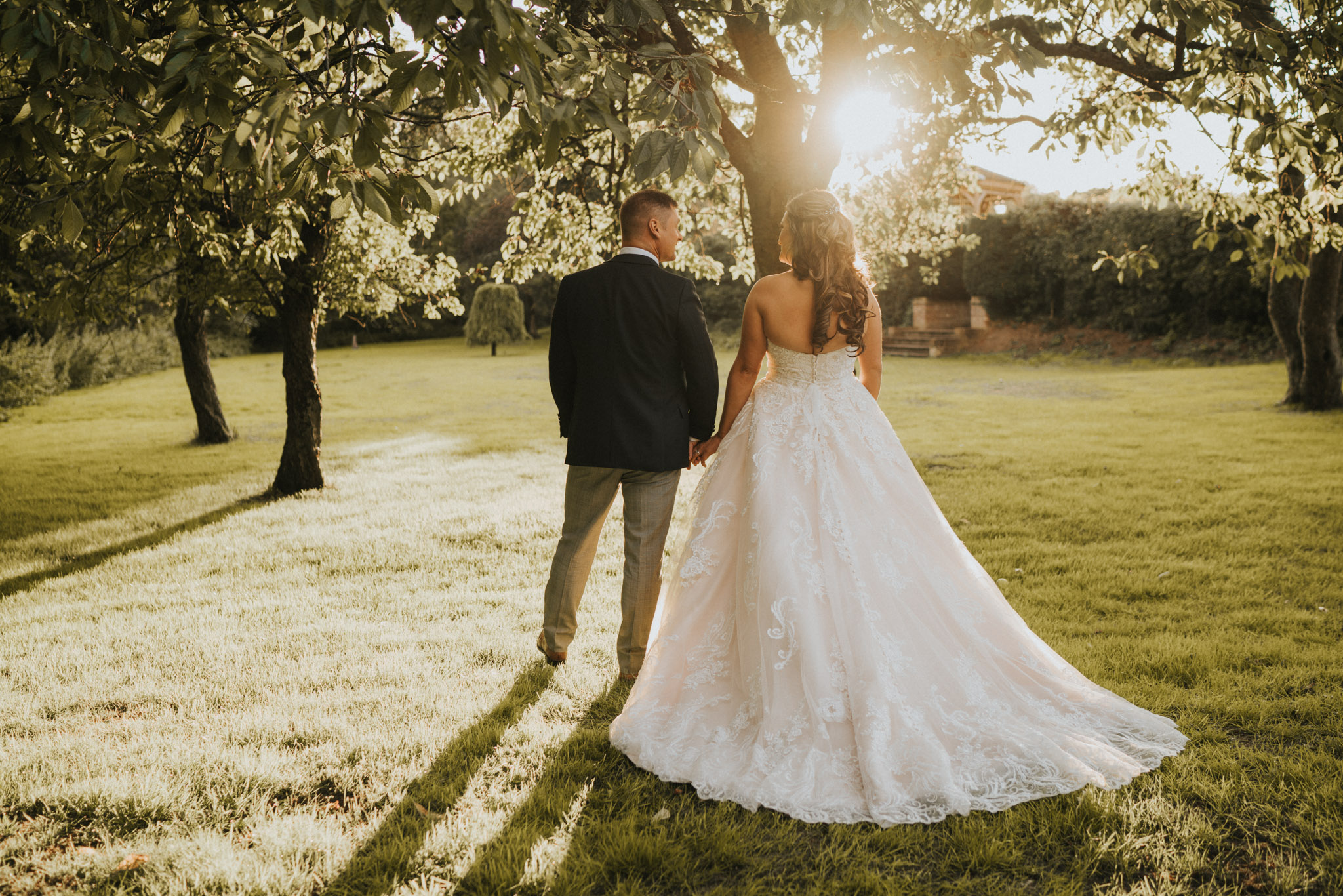 Sarah-Paul-Essex-Barn-Wedding-Previews-Grace-Elizabeth-Essex-Alternative-Wedding-Photographer-Colchester-Essex-Suffolk-Norfolk-Devon+(30+of+32).jpg
