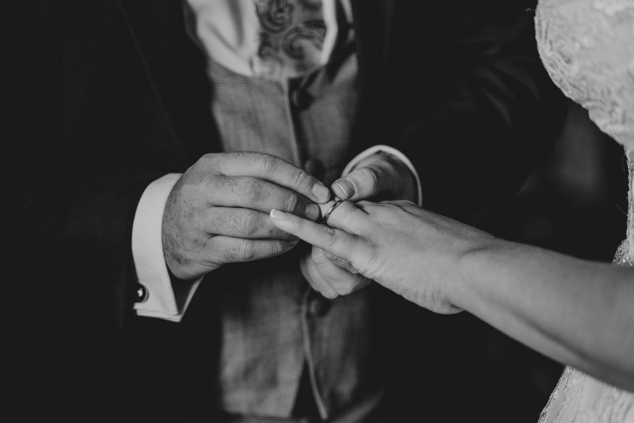 sarah-paul-boho-essex-wedding-white-hart-great-yeldham-alternative-essex-wedding-photographer-grace-elizabeth-colchester-alternative-photographer-essex-suffolk-norfolk-devon (54 of 116).jpg